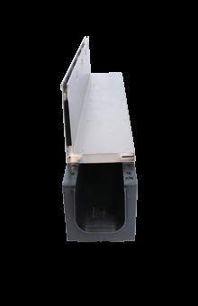 Schwerlast-Kunststoffrinne Kufor mit Schlitzrinnenaufsatz