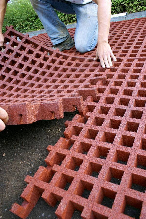 recycling kautschuk fallschutzplatten fallschutzpflaster recycling kautschuk fallschutzplatten. Black Bedroom Furniture Sets. Home Design Ideas