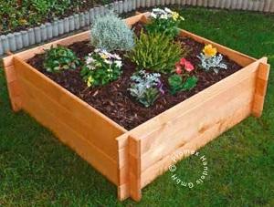 Erhöhtes Holz Pflanzbeet