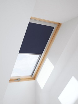 Dachfenster-Verdunkelungsrollo DUR