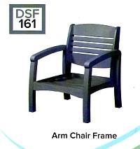 C.R.P. Lounge Sessel mit Armlehnen DSF161