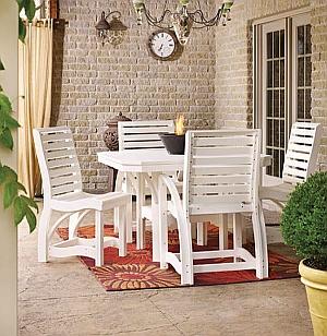 Abb. zeigt Kombination aus 4x C35 (Stühle) und 1x T35 (Tisch) in weiß