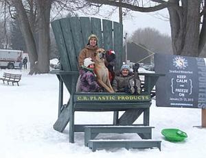 Beispiel: C50 Promotion-Stuhl mit Werbeaufdruck und Fußtritt