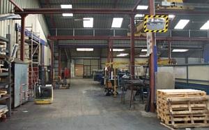P.A.S.® Industriespiegel mit gelb/schwarzem Rahmen
