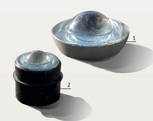 Glas-Straßenbolzen: 1=Ø 100 mm, 2=Ø 50 mm